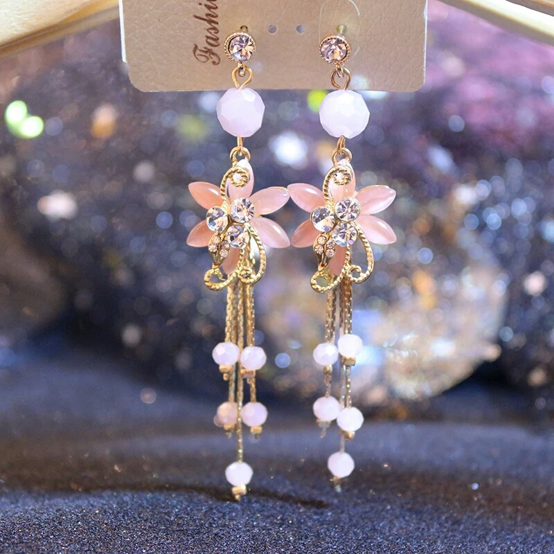 Chinese wind long tassel pendant Vintage Stud Earrings Elegant exquisite Prevent Allergy Women's Earrings Personality Trend