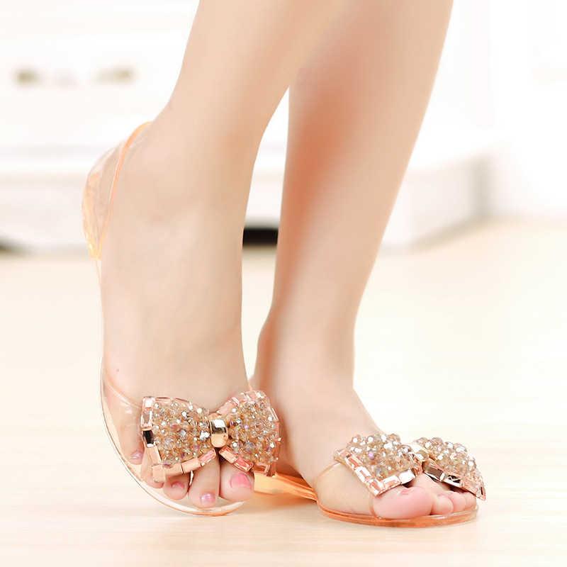 Женские прозрачные сандалии на плоской подошве, украшенные кристаллами и бантом; Женская прозрачная обувь; Летние Блестящие Босоножки на платформе без застежки; Женская модная обувь; 2020