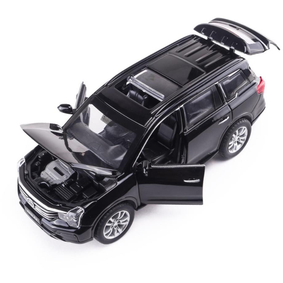 Hot 1:32 scale wheels diecast car Trumpchi GS8 suv metal model with light and sound pull back vehicle toys collection for gifts