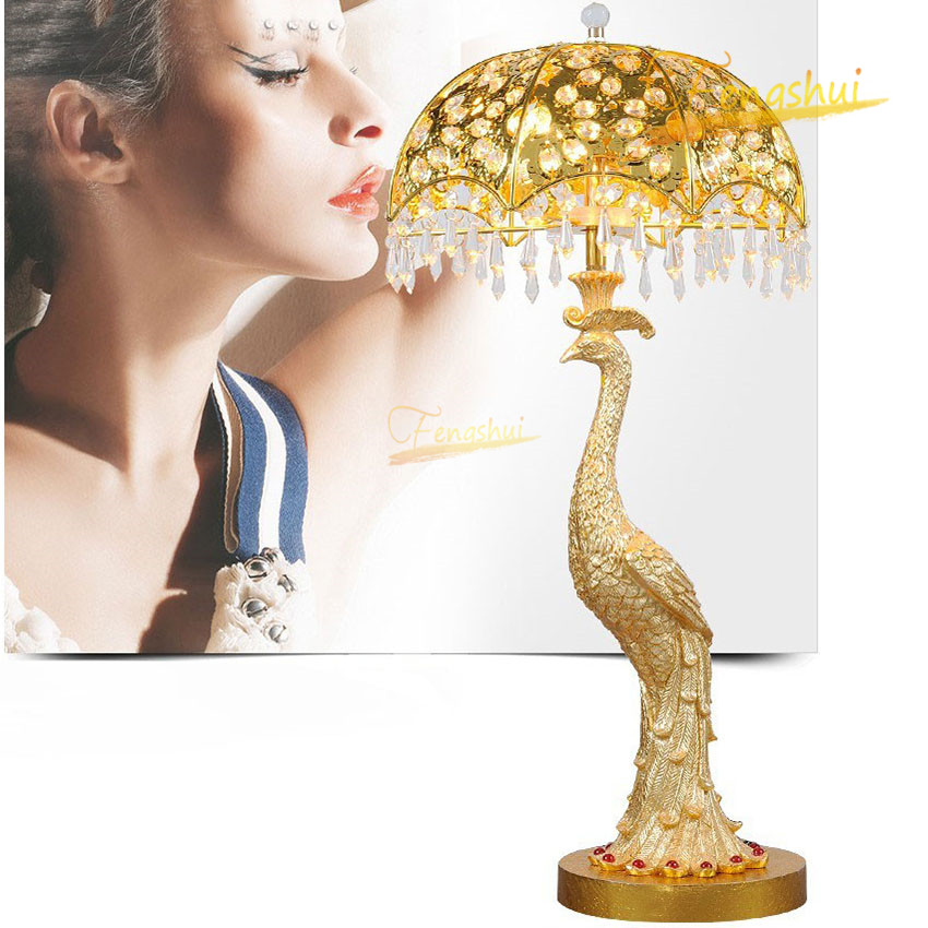 Modern Decorative Peacock LED Table Lamp Nordic Golden Light Luxury Crystal Villa Lamp Living Dining Room Table Lights Lighting