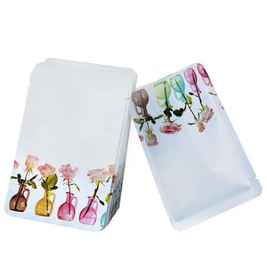 100 Pcs/Lot Cosmetic Mask Packaging Heat Sealed Foil Bag with Tear Notch Small Sample Pouches for Tea Candy Food Packing