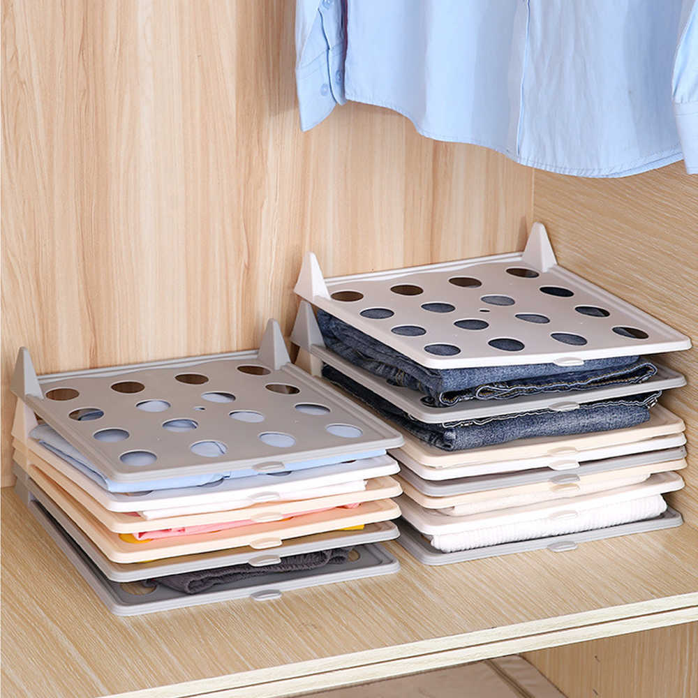 Cloth tray for clothing