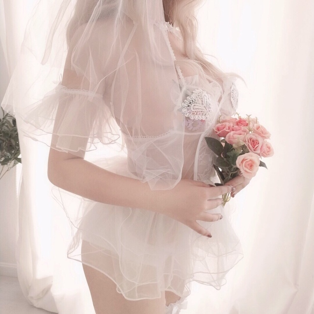 شهر العسل مثير منامة المرأة فستان سهرة الزفاف الجوف خارج مغرية صافي الشاش الحمالة فستان النوم ملابس جميلة العودة المنزل