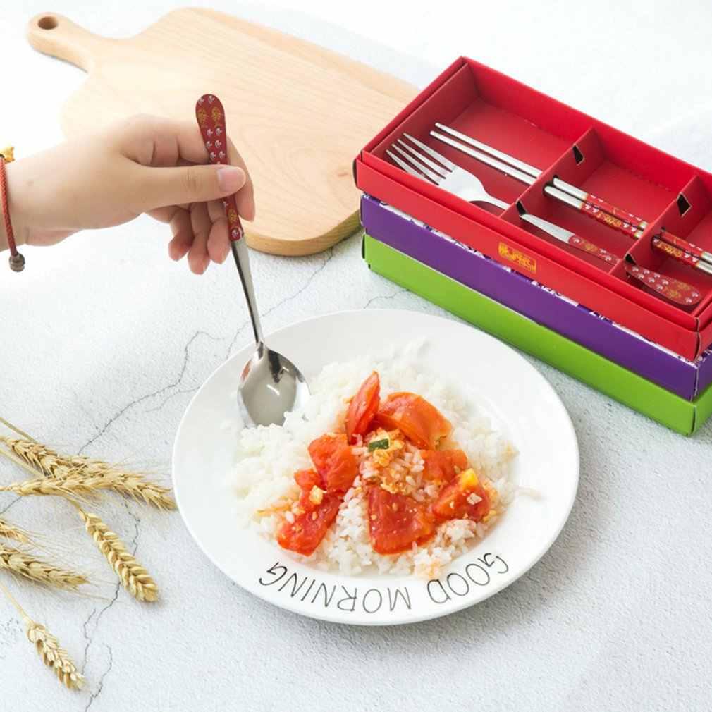Chiński zestaw sztućców porcelanowych Stype trzyczęściowy zestaw pałeczki ze stali nierdzewnej widelec zestaw upominkowy prezent hurtowo