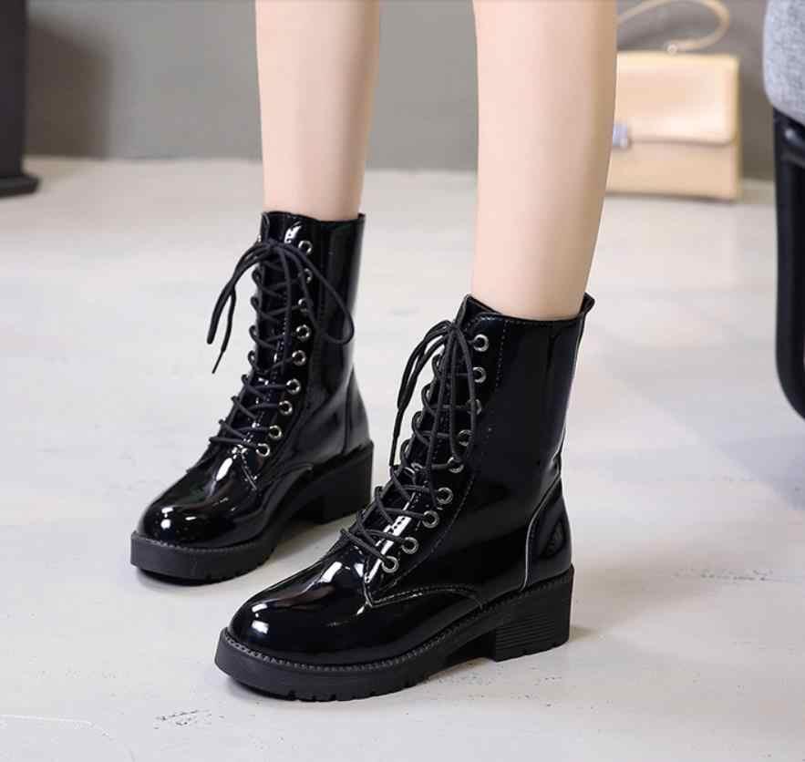 Nuevas botas de invierno 2018 botas Martin de alta calidad con tacones gruesos y botas de motociclista de cuero brillante para mujeres en el medio botas mujer