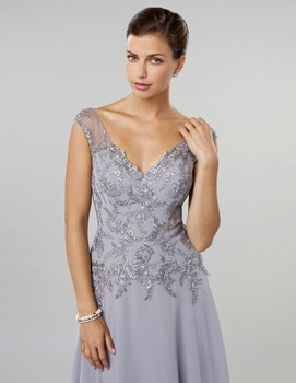 2018 V Neck Beaded Neckline Silver Gray Lace Evening gown Formal Mother of the Bride Dresses with Cap Sleeve Plus robe de soiree sexy long sleeve lace sequin dubai style a line formal arabic evening prom gown robe de soiree 2018 mother of the bride dresses