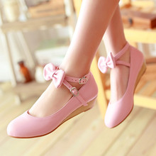 цена на Japanese Sweet Lolita Princess Shoes Wedges Pumps Cute Bow Round Toe Girls Shoes Low Heels College Women Shoes Pink