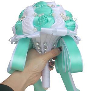 Image 5 - WifeLai חתונה פרחי כלה פרח זרי קריסטל שושבינה זר Buque Noiva סרט עלה מחזיק פרחים W224A 2