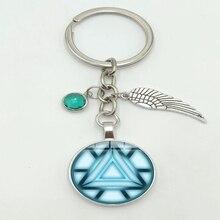 2019 New Iron Man Heat Tony Stark Heart Arc Reactor 3D Effect Alloy Key Chain Glass Convex Round Key Chain Fashion Jewelry Gift цены