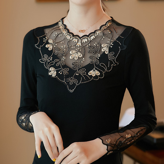 Women's shirt New 2019 Autumn long sleeve women blouse shirt Fashion Embroidery Mesh tops plus size hollow out lace tops 8