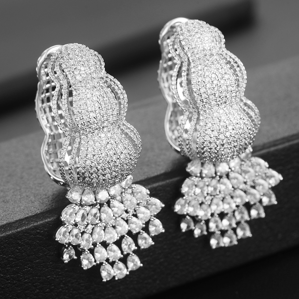 Missvikki Unique cristal clair blanc zircon cubique déclaration grand grand gland balancent boucle d'oreille femmes boucles d'oreilles de fête de mariage
