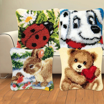 Animal Series Exquisite Coarse Wool Cross Stitch Carpet Embroidery 3D Segment Embroidery Pillow DIY Handmade Material Package