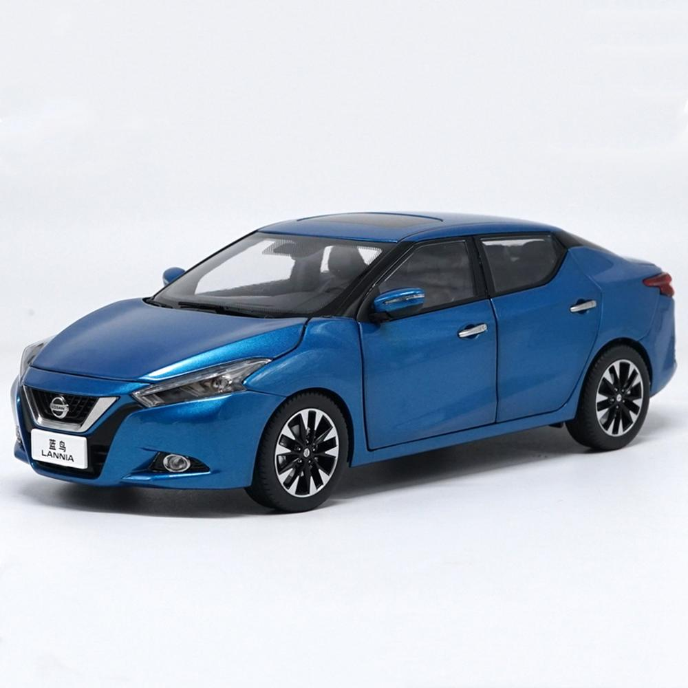 1/18 Scale <font><b>Nissan</b></font> Lannia 2016 Blue <font><b>Diecast</b></font> <font><b>Car</b></font> Model Toy Collection image