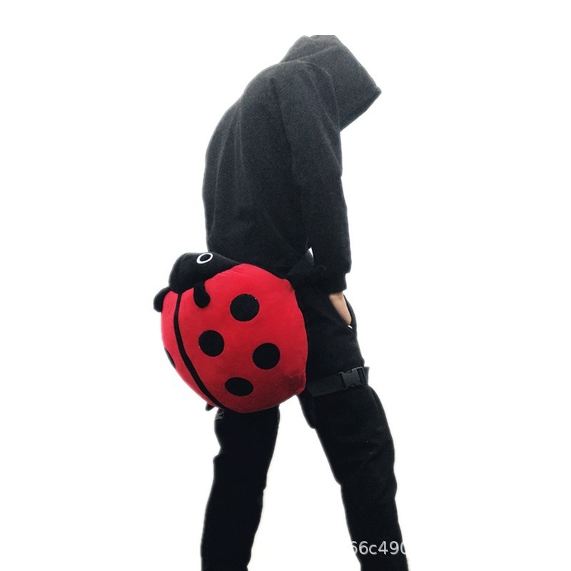Ladybug Hip Protector Ski Skating Anti-fall Chest Protector Hip Pads Plush Toy Sport Protective Gear Cartoon Cushion Knee Sleeve