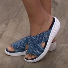 Kapcie damskie buty na co dzień sandały na platformie damskie slajdy solidne wygodne buty na płaskiej podeszwie Plus rozmiar krzyż lato 2021 plażowe damskie kapcie tanie tanio BLWBYL Med (3 cm-5 cm) Wsuwane Cotton Fabric CN (pochodzenie) Na zewnątrz Płaskie z RUBBER 0-3 cm LEISURE Dobrze pasuje do rozmiaru wybierz swój normalny rozmiar