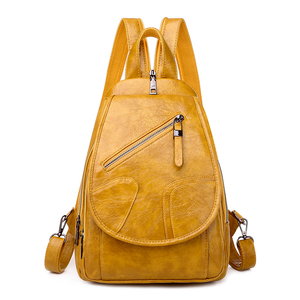 Image 2 - 2020 נשים עור מעצב יוקרה באיכות גבוהה תרמילי Bagpack גבירותיי Sac Dos נשי חבילה חינם לנערות מוצק נסיעות