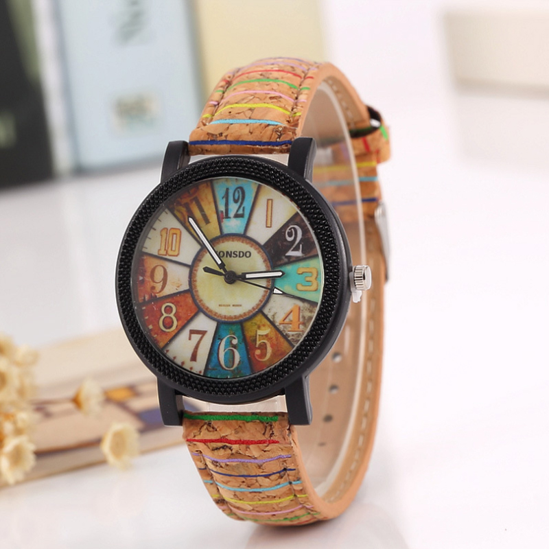 Hot Selling New Colorful Fashion Trend Female Middle School Student Watches Personality Wood Grain Creative Forest Wrist Watch