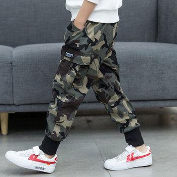 Wiosna jesień kamuflaż spodnie dla chłopców dorywczo spodnie chłopięce luźne spodnie dla niemowląt zimowe ubrania dla nastoletnich chłopców 6 8 12 lat tanie i dobre opinie Chłopcy COTTON POLIESTER CN (pochodzenie) REGULAR NONE Pełna długość Dobrze pasuje do rozmiaru wybierz swój normalny rozmiar