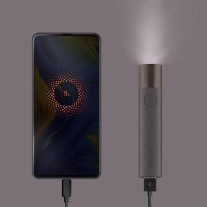 Image 5 - SOLOVE 3000mAh batterie externe USB Rechargeable luminosité EDC lampe de poche Portable powebank Mini torche LED pour la puissance de vélo en plein air