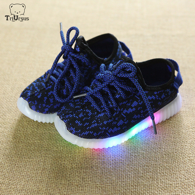 2020 Children Shoes With Led Light Yee Zy Sneakers Knitted Boys Girls Trainers Korean Child Light Up Shoes Flashing Sport Shoes