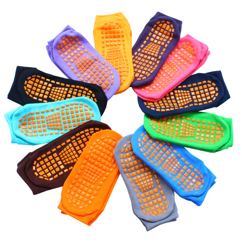 12 Pairs / Lot Trampoline Socks Adult & Child Indoor Sports Socks Anti-slip Floor Socks Women Cotton Yoga Socks Foot Massage