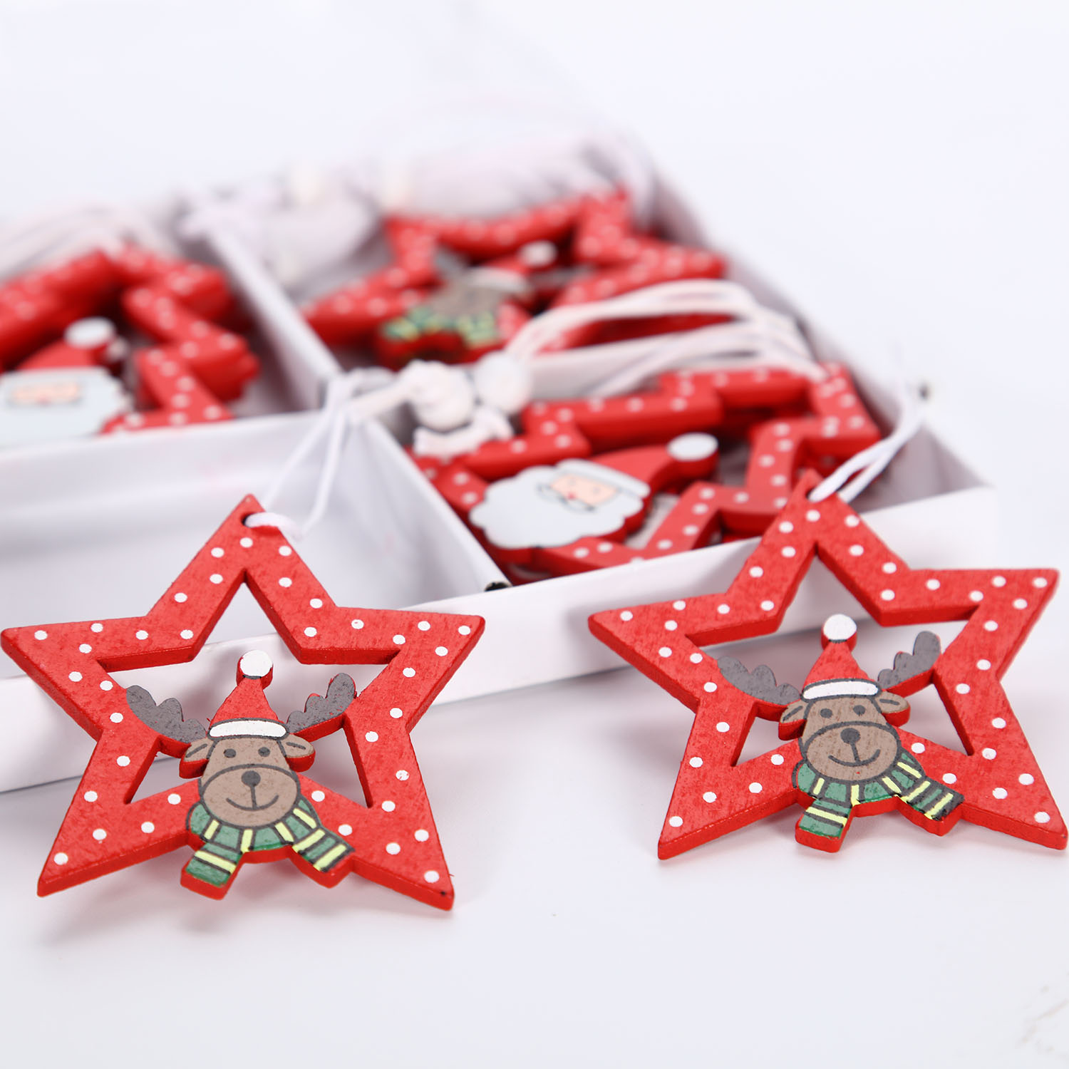 12 pieces of small tree five-pointed star Christmas wooden gift ornaments European style home color cartoon cute ornaments
