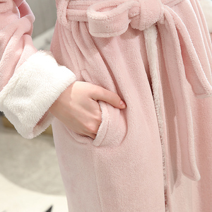 Image 5 - Frauen Winter Plus Größe Lange Flanell Bademantel Kimono Warme Rosa Bad Robe Nacht Pelz Roben Brautjungfer Morgenmantel Männer Nachtwäsche