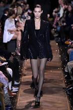 2019 cool Autumn dress Fashion show Long sleeve Feathers Sequined V-neck Sexy Women celebrity body con Mini dresses wholesale