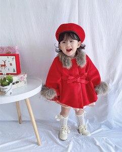 Image 5 - 女の赤ちゃんの冬赤ピンクのウールのケープコート
