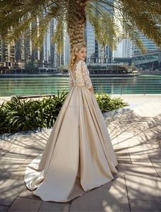 Image 2 - Цвет шампанского, трапециевидные свадебные платья, аппликации из кружева, иллюзия спины, Элегантное свадебное платье, половина рукава, Vestidos de Noivas на заказ