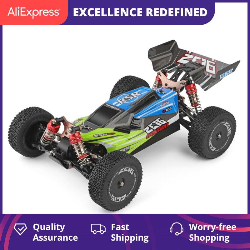 WLtoys 144001 1/14 2.4G yarış uzaktan kumanda araba yarışı 60 km/saat Metal şasi 4wd elektrikli RC formül araba USB şarj