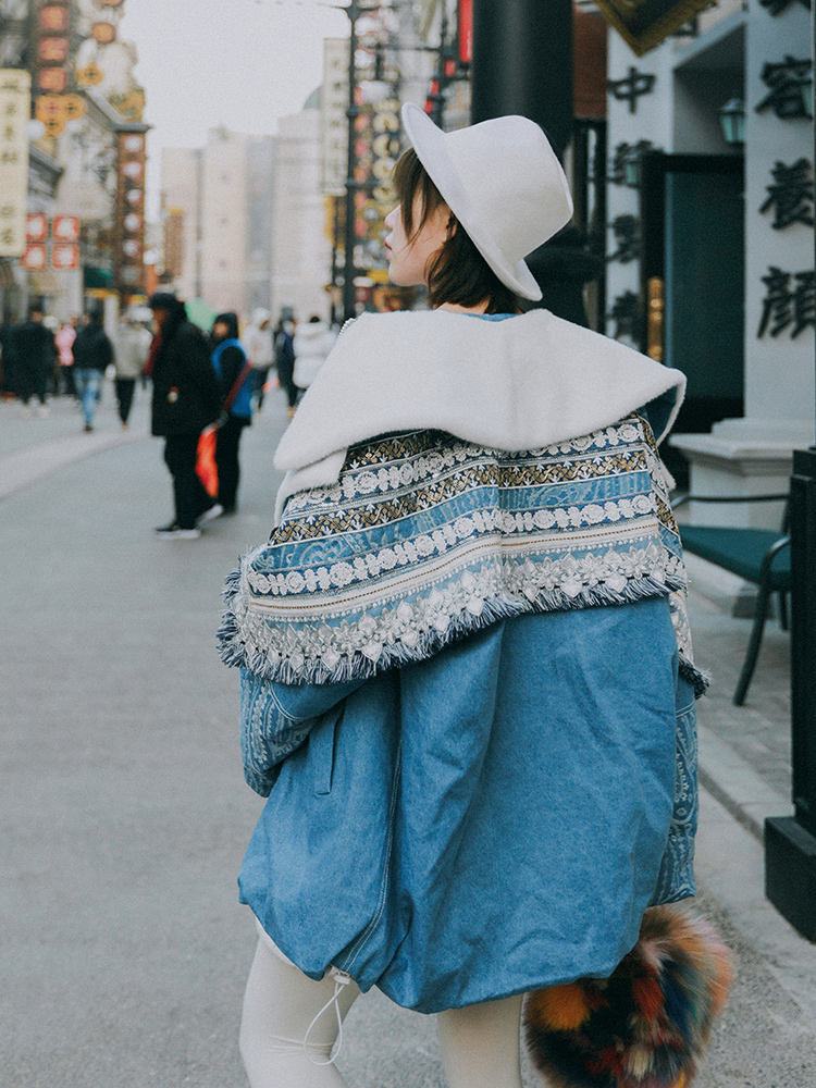 Original Design AIGYPTOS Winter Women Exotic National Trend Casual Loose Embroidery Tassel Sequined Mid-length Denim Down Jacket