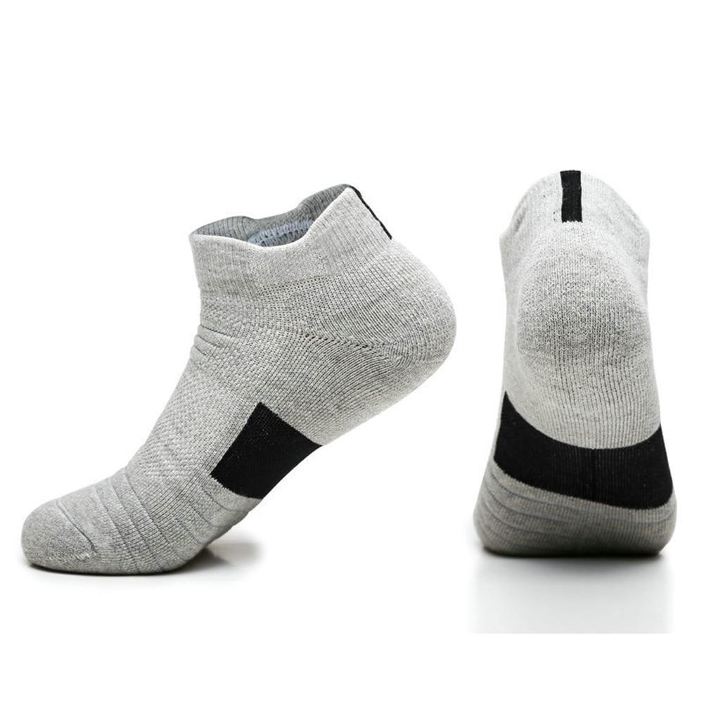 Men Sports Socks For Outdoor Cycling Basketball Running Winter Hiking Tennis Non-slip Cotton Socks