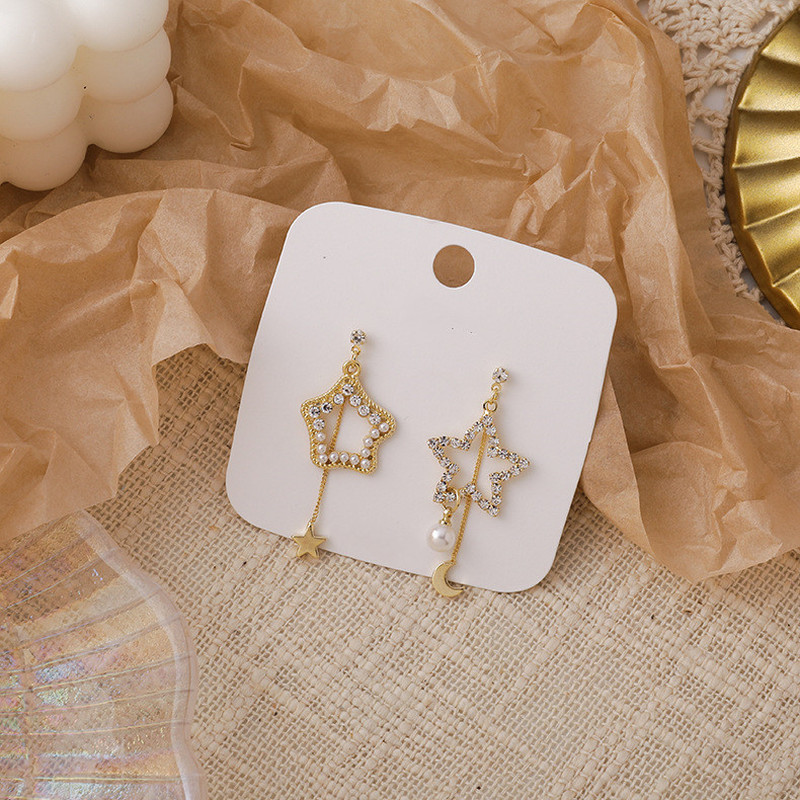 Origin Summer Romantic Asymmetry Pearl Rhinestone Star Moon Dangle Earrings for Women French Hollow Out Earrings Jewellery