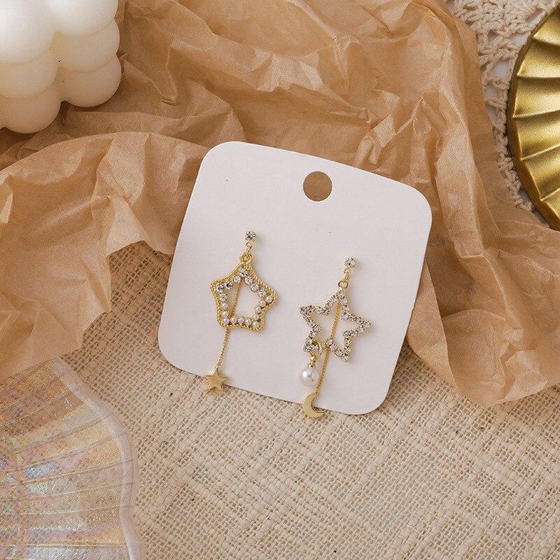 Origin Summer Romantic Asymmetry Pearl Rhinestone Star Moon Dangle Earrings for Women French Hollow Out Earrings Jewellery