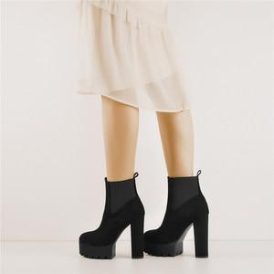 Image 3 - Onlymaker Vrouwen Ronde Neus Platform Enkellaarsjes Dikke Hoge Hak Plus Size Zwarte Dames Laarzen
