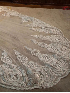 Image 2 - Luksusowe wysokiej jakości białe/kości słoniowej długie welony ślubne długość katedry koronki aplikacja 4M welon slubny z grzebieniem akcesoria ślubne