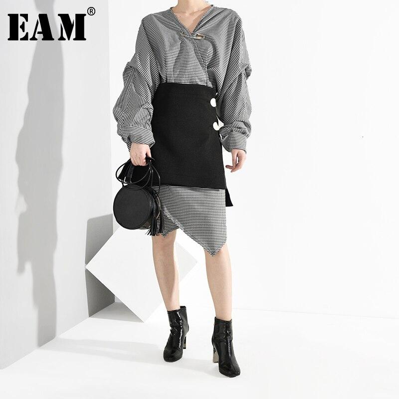 [EAM] Women Black Plaid Asymmetrical Big Size Two Piece Dress New V-Neck Long Sleeve Loose Fit Fashion Spring Autumn 2020 JG8920