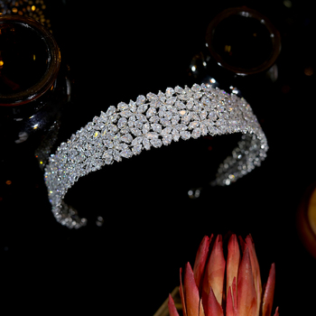 ASNORA New CZ Tiaras And Crowns Princess Crown Halo Headband, Ladies Tiara, Wedding Hair Accessories Bridal