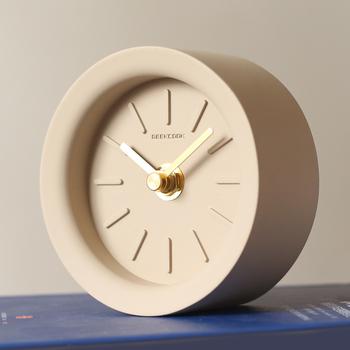 Nordic Cement cichy zegar dekoracja rzemieślnicza strona główna okrągła sypialnia stolik nocny mały zegar nowoczesne akcesoria do dekoracji wnętrz tanie i dobre opinie circular 100mm Igła 500g Cyfrowy Pojedyncze twarzy
