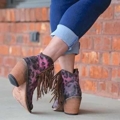 MoneRffi sonbahar kış hakiki deri süet yarım çizmeler leopar püskül yan Zip bayan botları yüksek topuk kısa çizmeler parti ayakkabıları