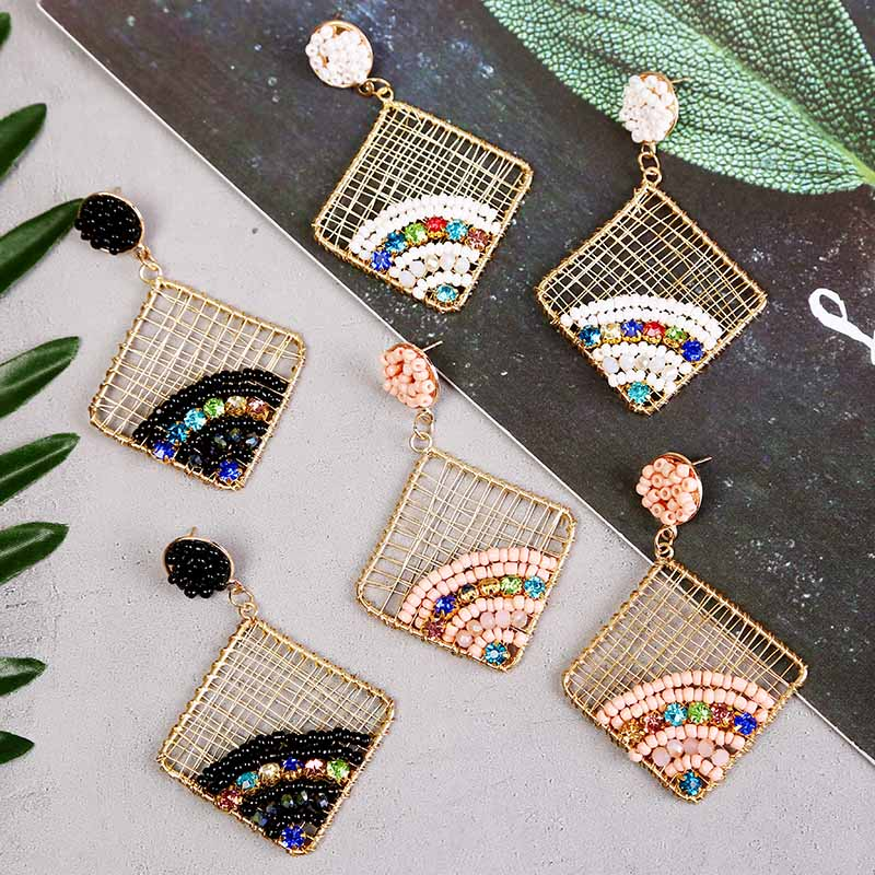 Boho Women's Winding Metal Wire Square Geometric Earrings Female Fashion Acrylic Crystal Rhinestone Beaded Drop Earring Jewelry