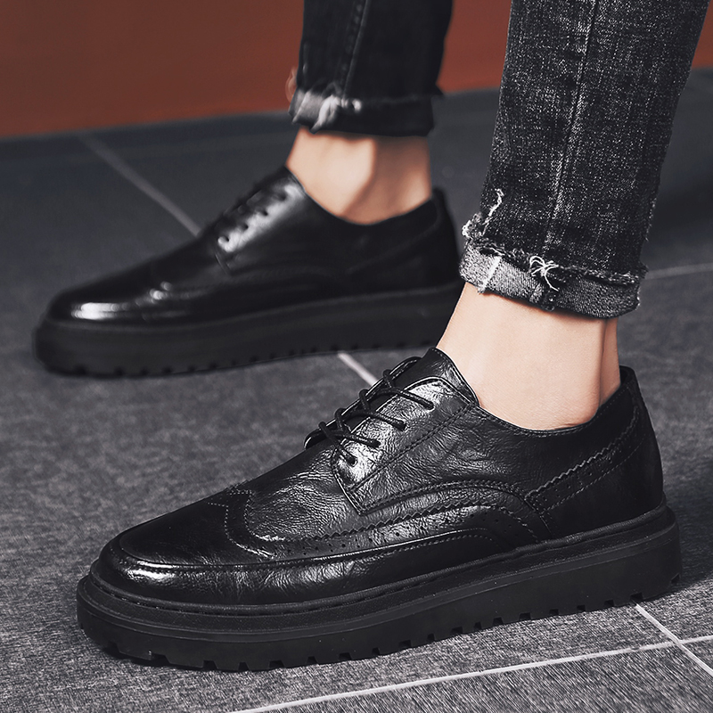 Men Casual Shoes Outdoor Men Genuine Leather Loafers Shoes Fashion Handmade Soft Breathable Moccasins Brogue Flats Slip On Shoes