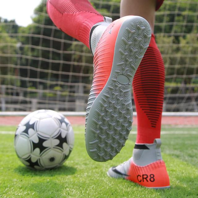 Indoor Soccer Shoes Men Sneakers Soccer Boots Turf Football Boots Kids Soccer Cleats AG/FG Spikes Training Sport Futsal Shoes 6
