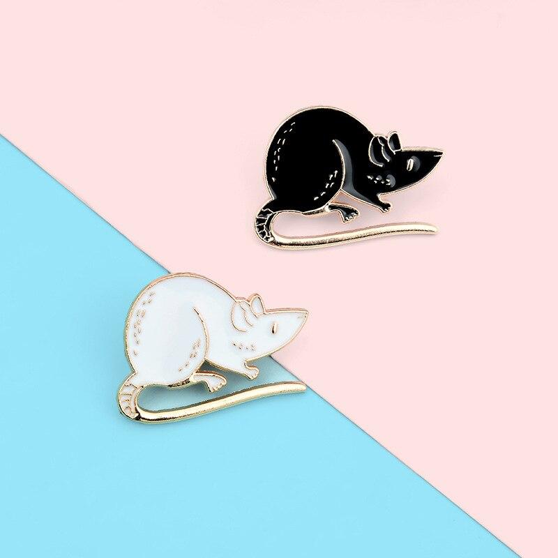 Мультяшные эмалевые заколки с черными белыми крысами, милые животные, броши в виде мыши, сумки, одежды, пуговицы, пряжки, значки, модные украш...