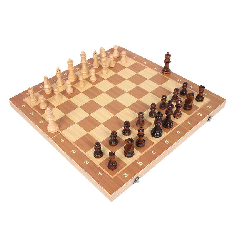 High Qulity 39cm X 39cm Wooden International Chess Set Board Game Foldable Magnetic Folding Board Packaging Word Chess