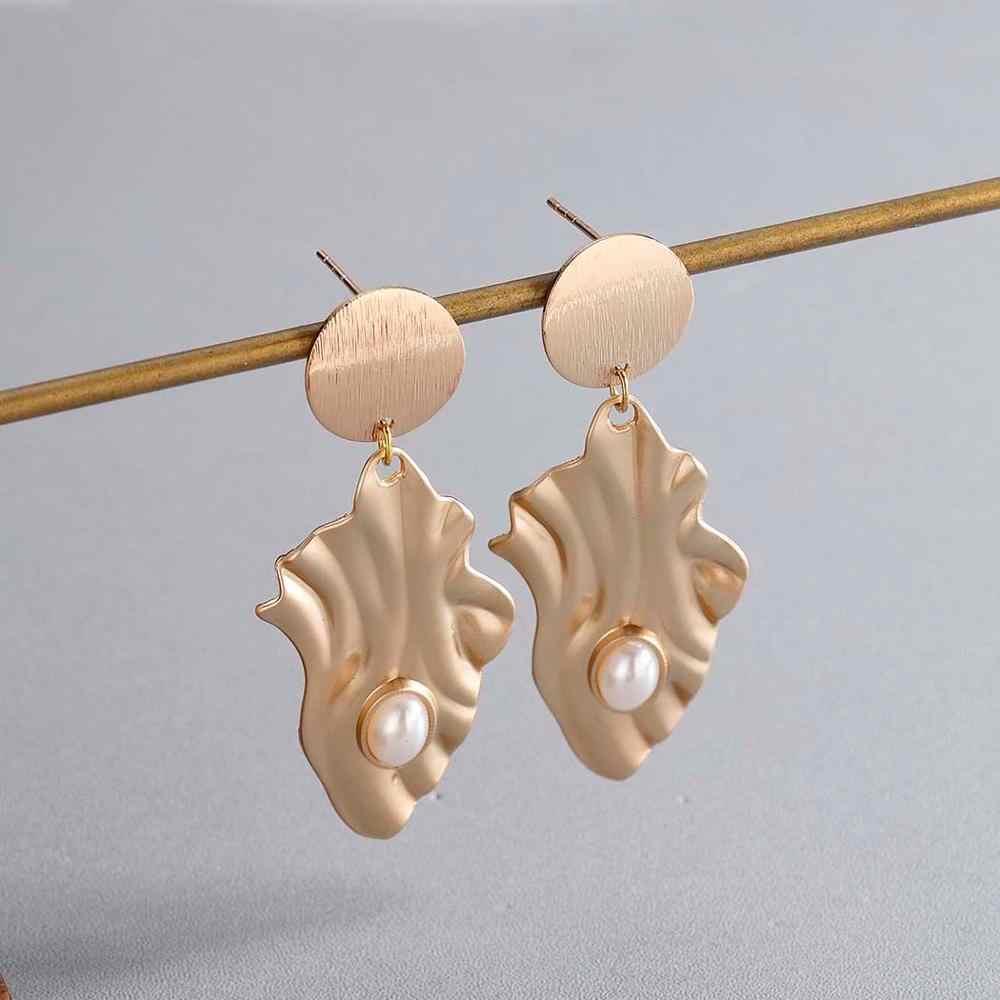 צ 'נדלר זהב צבע Irrigular שבלול פרל עגיל לנשים חוף לגלוש להתנדנד עגיל קיץ תכשיטי Creative מתכת Bronics