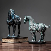 [MGT] European style home decorations furnishings retro war horse crafts lucky fortune living room model room decoration