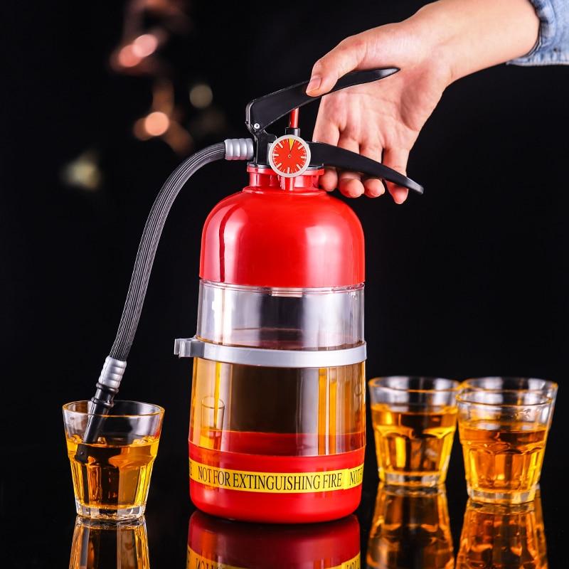 2L Kreative Wein Trinken Dispenser Feuerlöscher Ausgießer Party Bier Wasser Dispenser Bier Barrel Getränke Schnaps Bar Zubehör