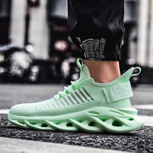 OLOMM Flyknit Trend Mens Fashion Light Sneakers Skechers Shoes for Men Outdoor Comfortable Men Casual Shoes 2020tenis Masculino